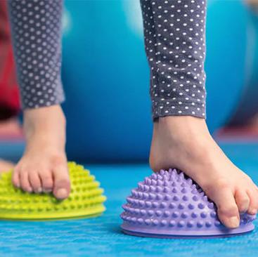 Kako rešiti problem ravnih stoapala kod dece?