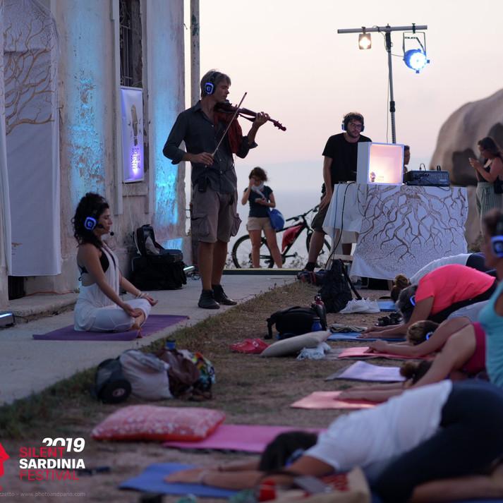Silent Sound Yoga @ Capo Testa - 2019