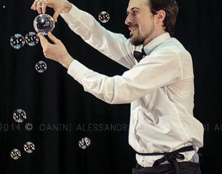 Alberto Fontanella - Circus Performer