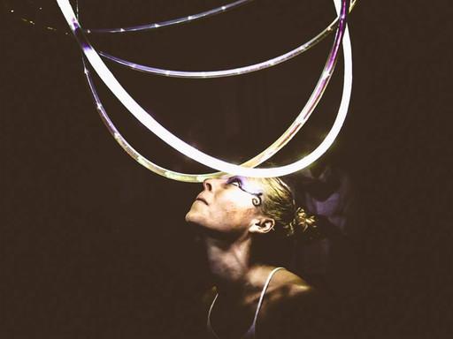 Hoopnotika - Houla Hoop Dancer