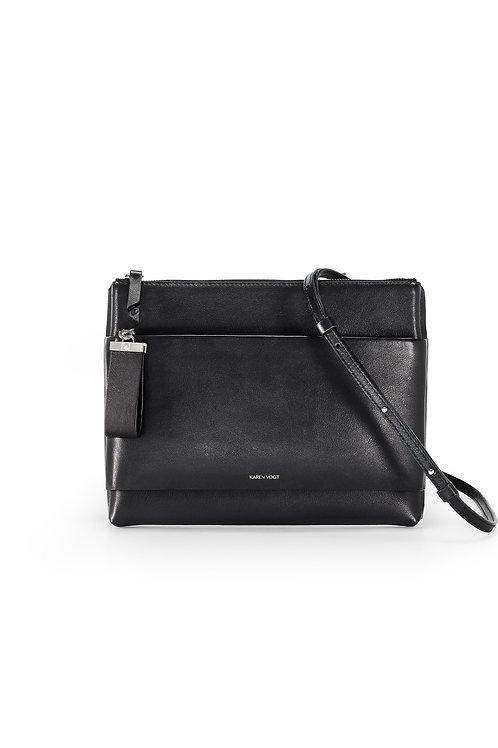 L'Espiègle - Un sac en bandoulière et une pochette de soirée en cuir noir lisse