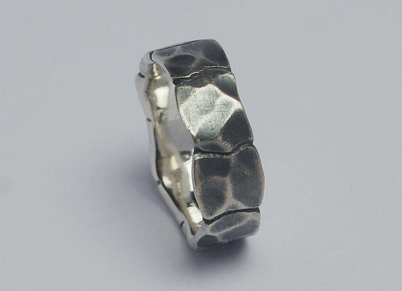 Squares ring oxidised