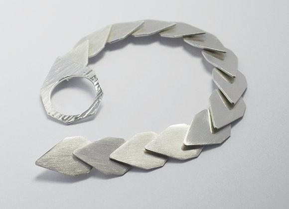 Overlapping Bracelet