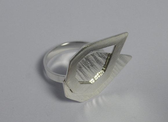 Layered Septangle Ring