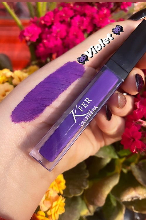 Violet Labial