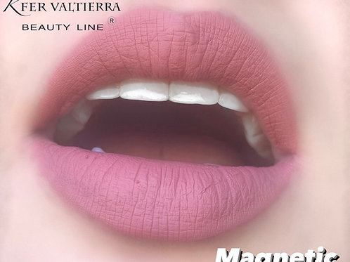 Magnetic labial