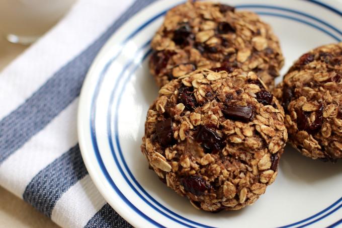 healthy oatmeal breakfast cookie