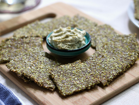 Flaxseed Crackers with Turmeric