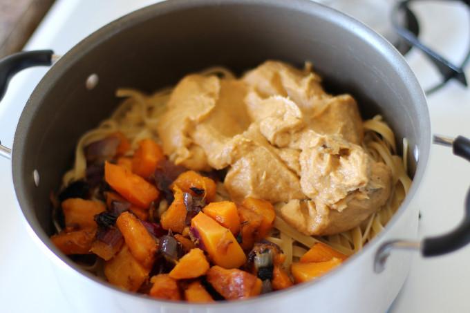 creamy squash pasta