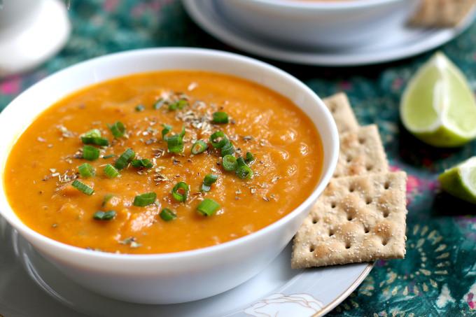 vegan sweet potato carrot soup with ginger