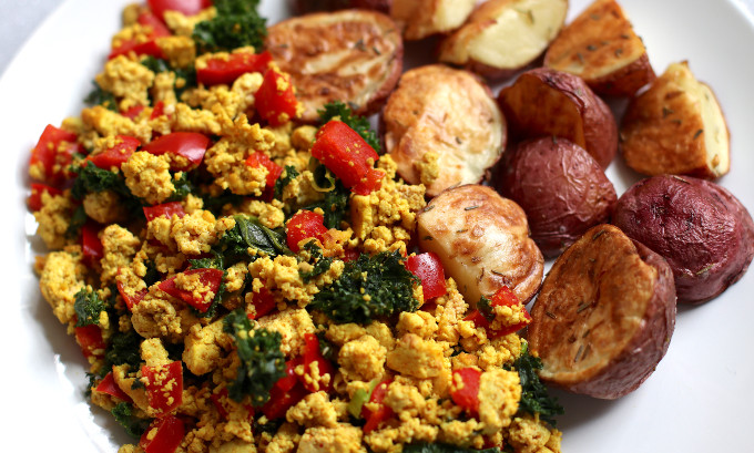 vegan tofu scramble breakfast