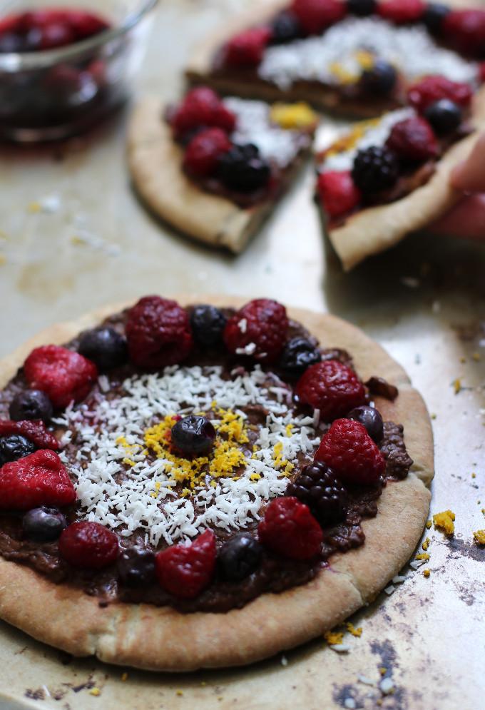dessert pizza nutella