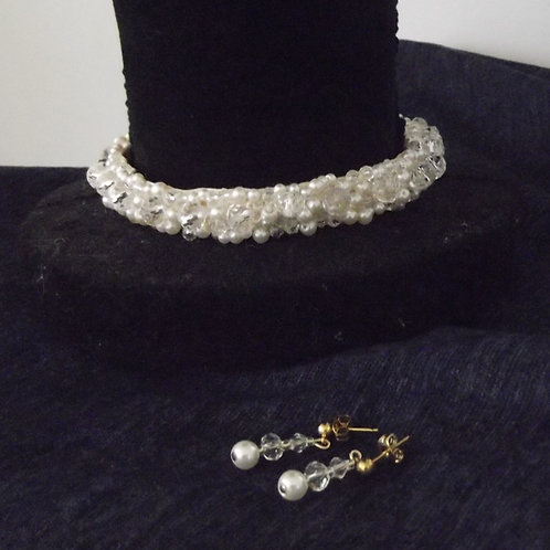 Pearl and Crystal Choker Necklace Earring Set