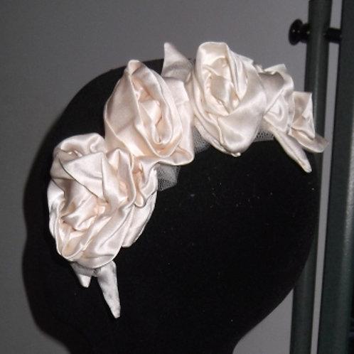 Ivory Cream Roses Haircomb