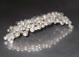 Handcrafted Pearl and Crystal Haircomb