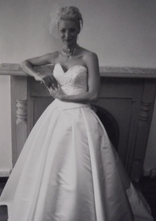 Judy Medway Bride Vivienne