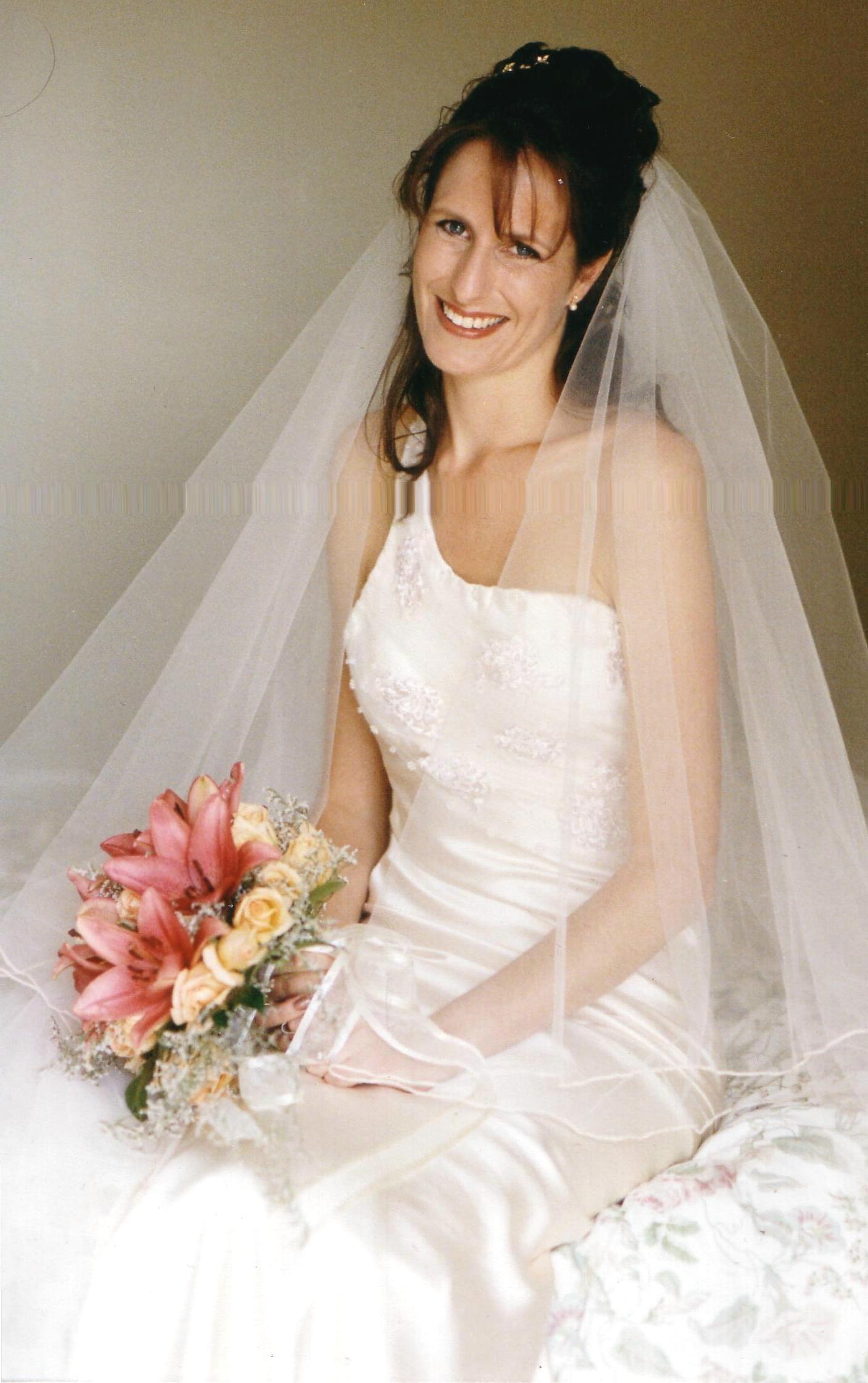 Judy Medway Bride Dearne 2