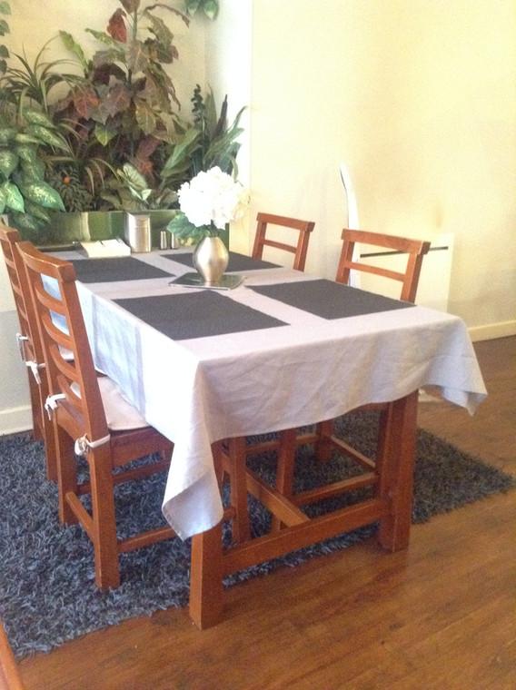 Meublé Les Bambous - La table