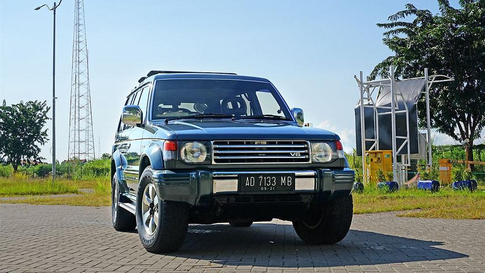 MITSUBISHI PAJERO V6 M/T BENSIN 1995