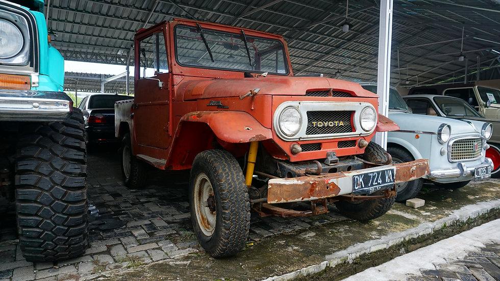 TOYOTA CANVAS TOP 1969