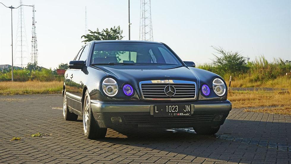MERCEDES BENZ E230 A/T 1997