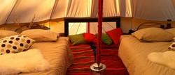 intérieur tente inuit.
