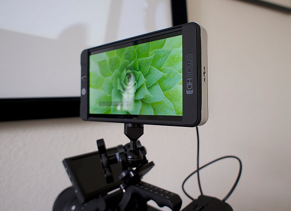 SmallHD 702 Lite with Batteries
