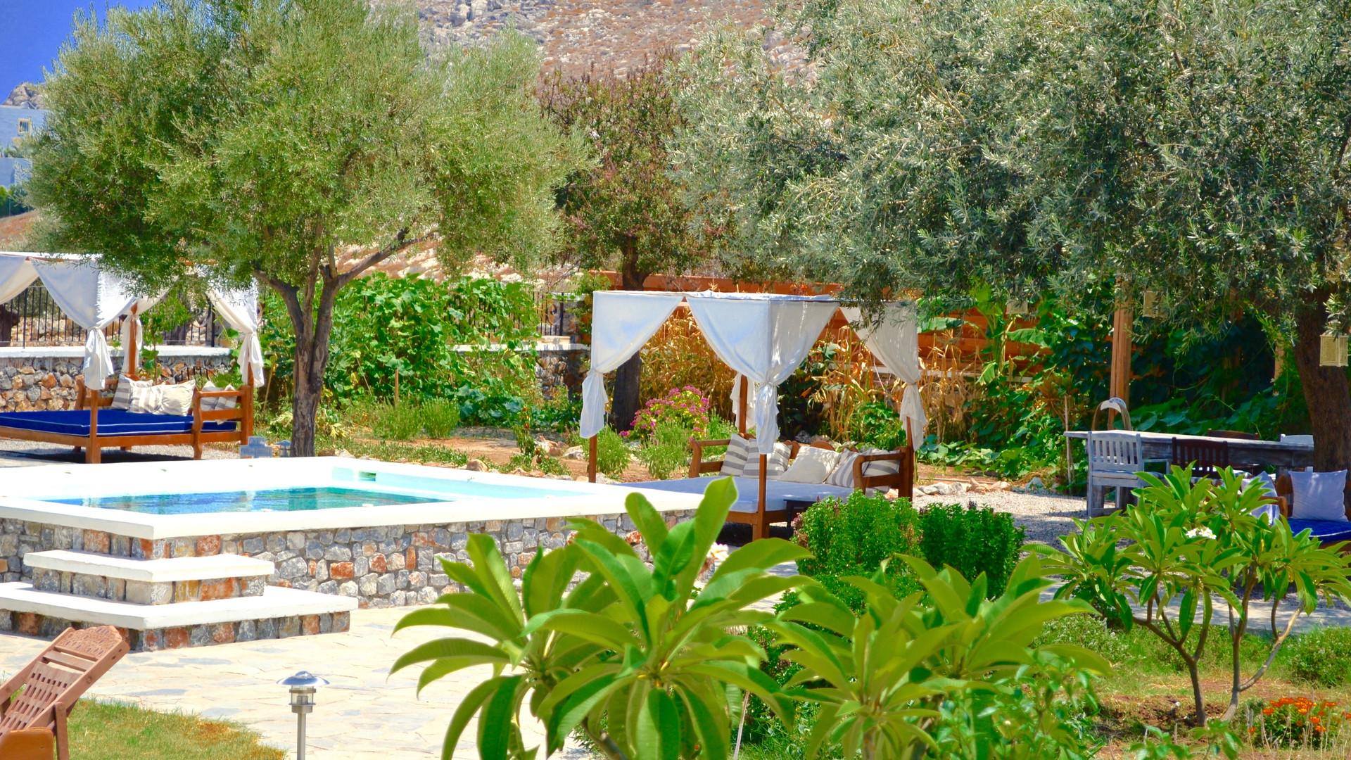 The Magnolia Spa  Hot Bath & Relaxation Area