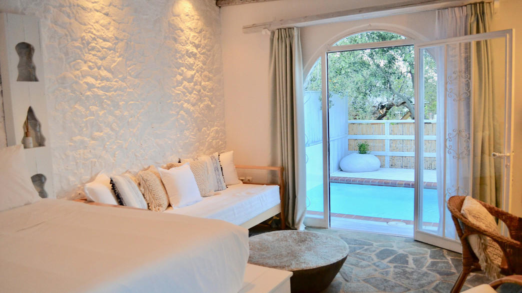 Mediterranean Suite with Private Pool