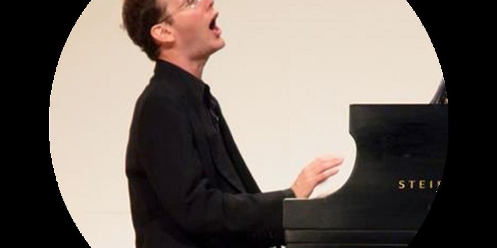 Brendan Kinsella, piano