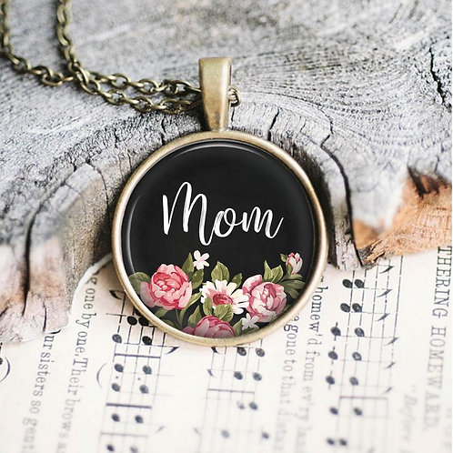 Mom Glass Pendent Necklace
