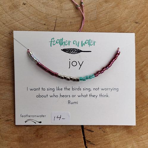 joy string bracelet