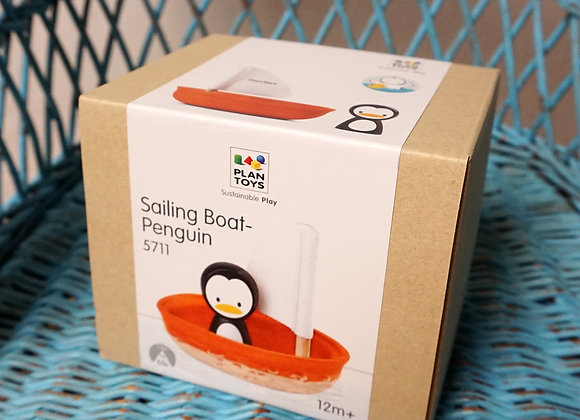 Plan Toys, Segelboot mit Pinguin
