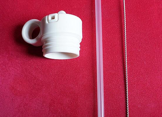 Liewood, Deckel, Strohhalm und Reinigungsbürste - Neo Water Bottle, Creme