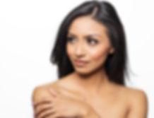 Beautiful-young-woman-bare-shoulders-627