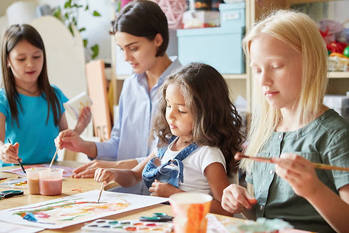 young-teacher-and-sweet-schoolgirls-sitt