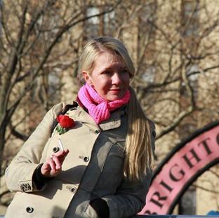 Valeriya Korennaya as a very glam Babou(