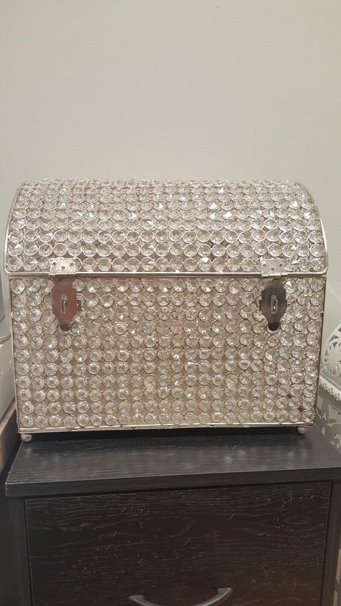 crystal card box rental