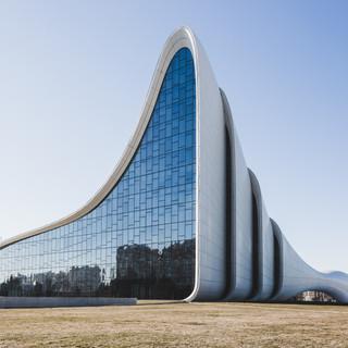 Баку, культурный центр Гейдара Алиева
