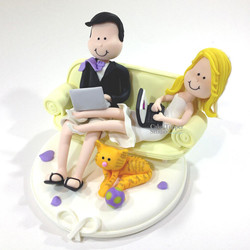 wedding-cake-topper-funny-lounge