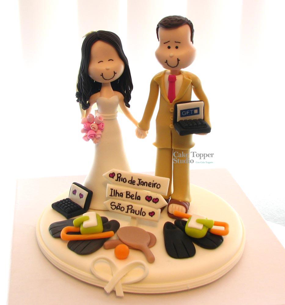 cake-topper-wedding-funny-beach-1