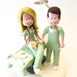 wedding-cake-topper-doctors2
