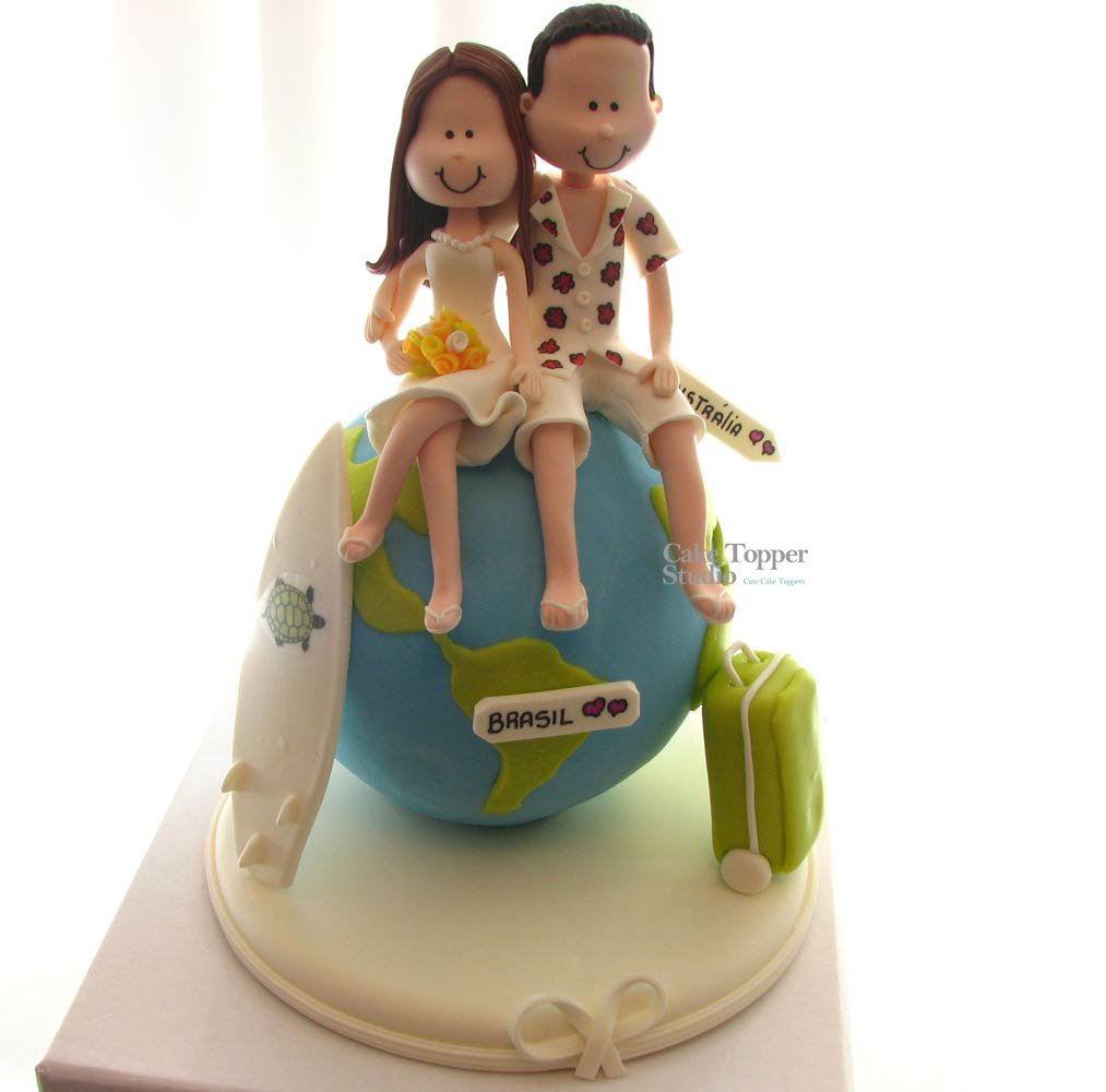 cake-wedding-topper-travel-globe