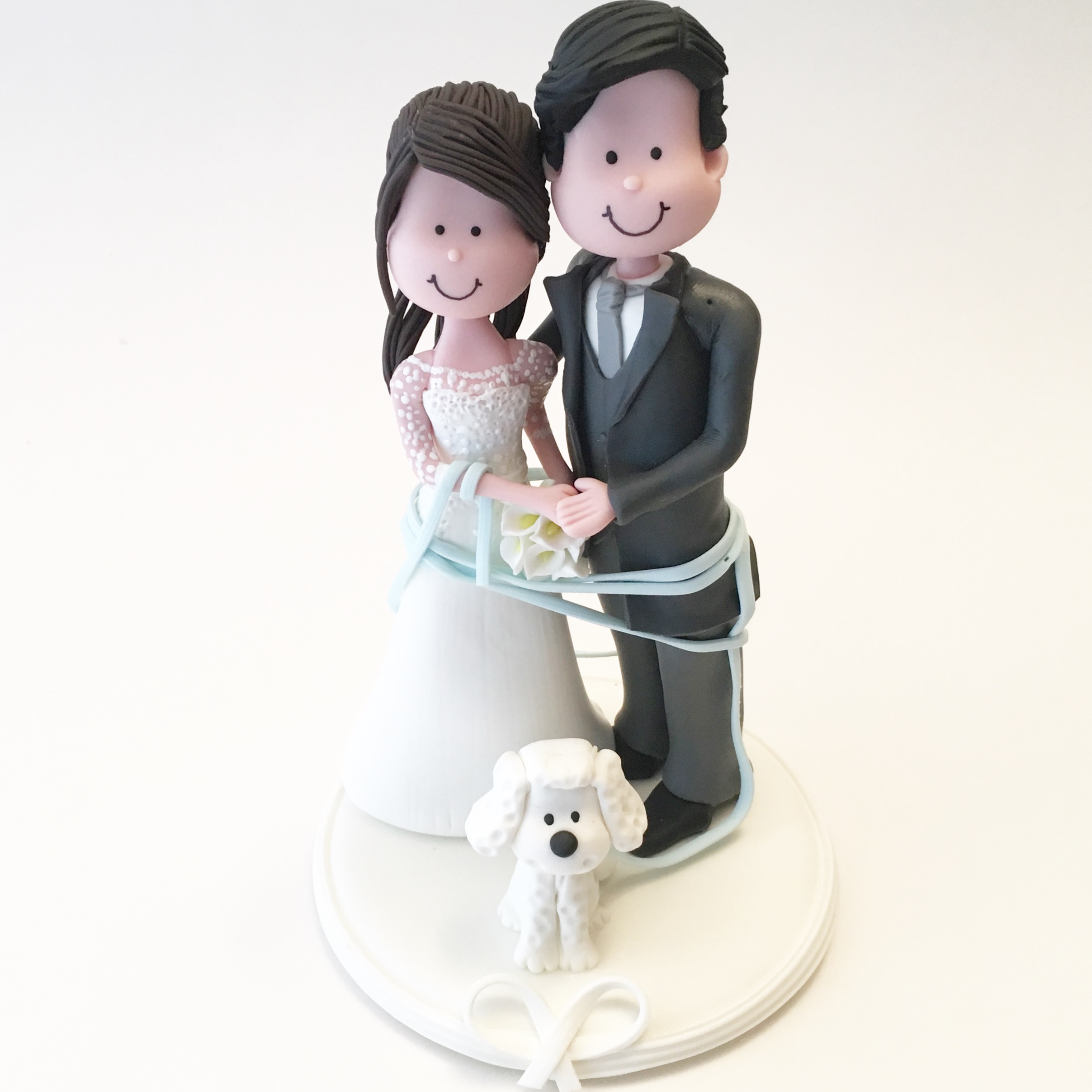 wedding-cake-topper-romantic_poodle