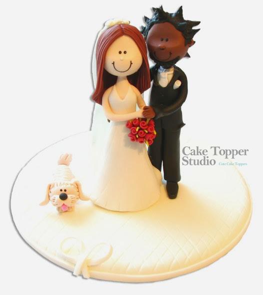 wedding-cake-topper-funny-romantic-dog