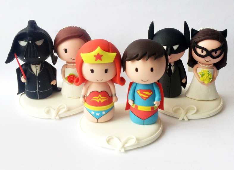 wedding-cake-topper-darth-vader-super-man-batman-wonder-starwars-woman-batgirl