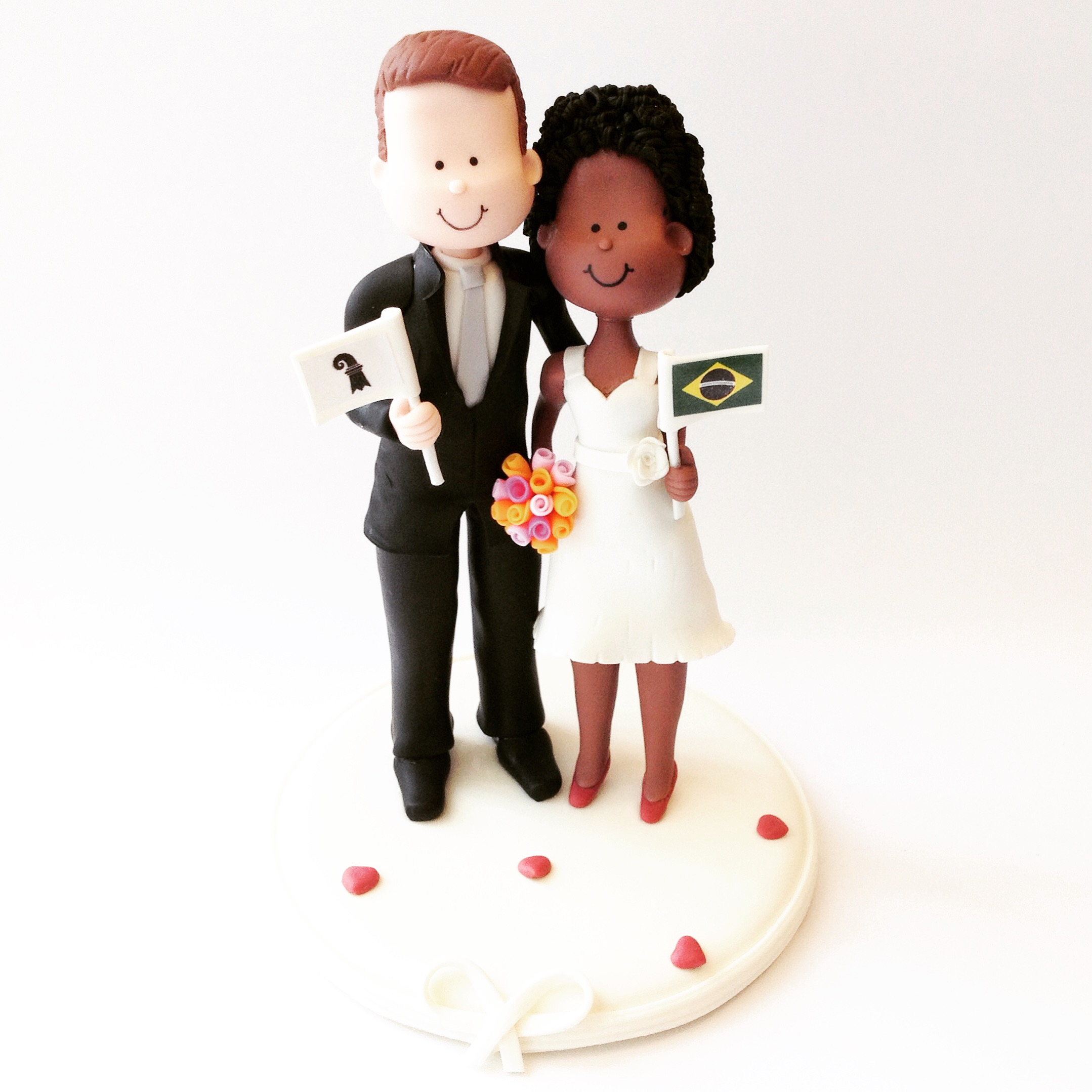 wedding_cake_topper_two_countries.JPG
