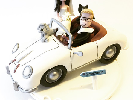 Cute Wedding Cake Topper - Old Porsche