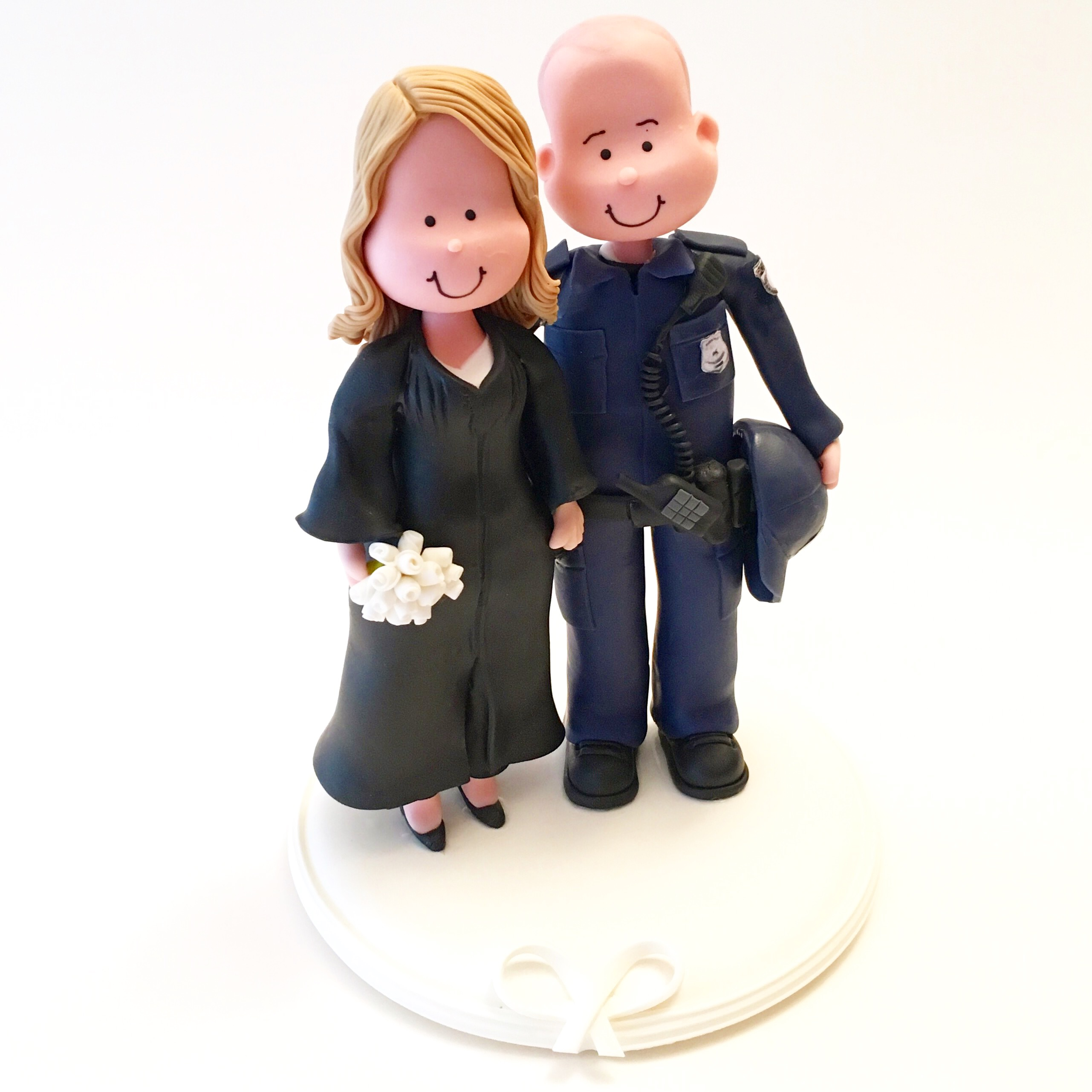 wedding-cake-topper-judje-police