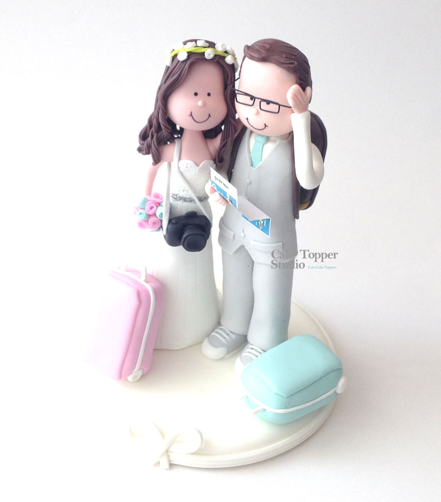 wedding-cake-topper-funny-traveling